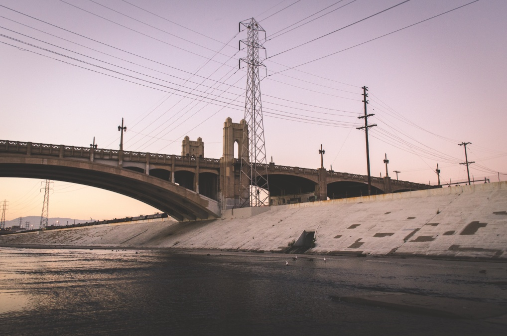 https://landscapemachines.files.wordpress.com/2016/03/1453042356-los20angeles20river.jpeg?w=1019&h=675
